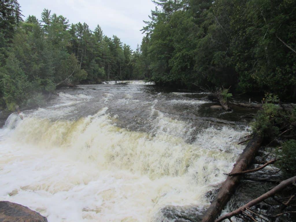 Lower Falls Tahquamenin